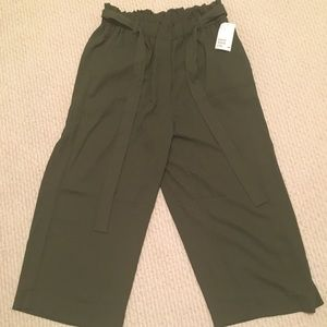 NWT H&M Olive Green Pants Size 10